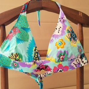 Victoria's Secret bathing suit top.